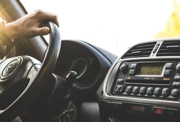 5 lieliskas profesijas tiem, kuri mīl braukt ar automašīnu